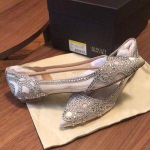 Never been worn wedding shoe!!